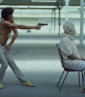 {:fr}Childish Gambino lance la vidéo 'This is America', déjà culte...{:}{:en}Childish Gambino's 'This Is America' is already a cult video...{:}